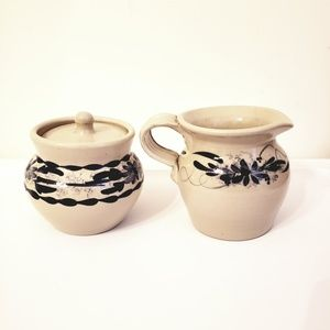Casey Pottery Dining - 🌼2/$25🌼CASEY POTTERY creamer & sugar bowl w/lid
